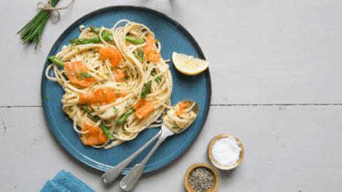 Smoked Salmon and Asparagus Linguine with Lemon Cream