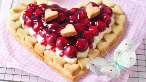 Heart shaped cherry tart