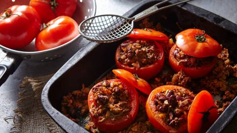 Stuffed Tomatoes with Beans and Ham