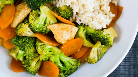 Garlic Chicken & Broccoli Stir-Fry