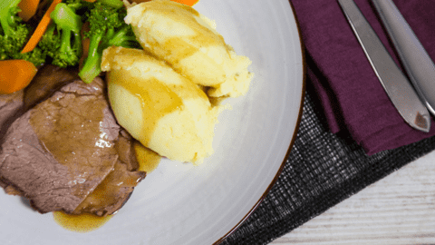 Roast Beef with Mashed Potatoes & Gravy