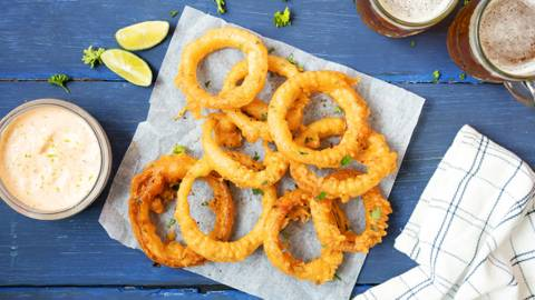 Beer Battered Onion Rings with Lime & Garlic Dip