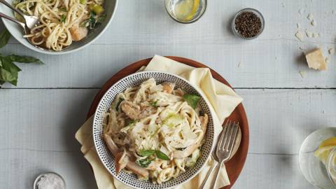 Lemony Chicken Linguine
