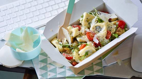 Tortellini salad with Parmesan dressing