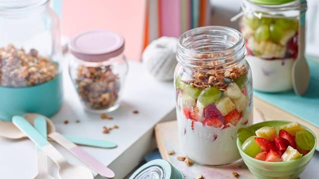 Fruit salad and homemade granola