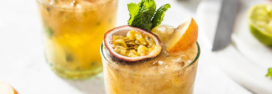Passionfruit And Mint Mojito